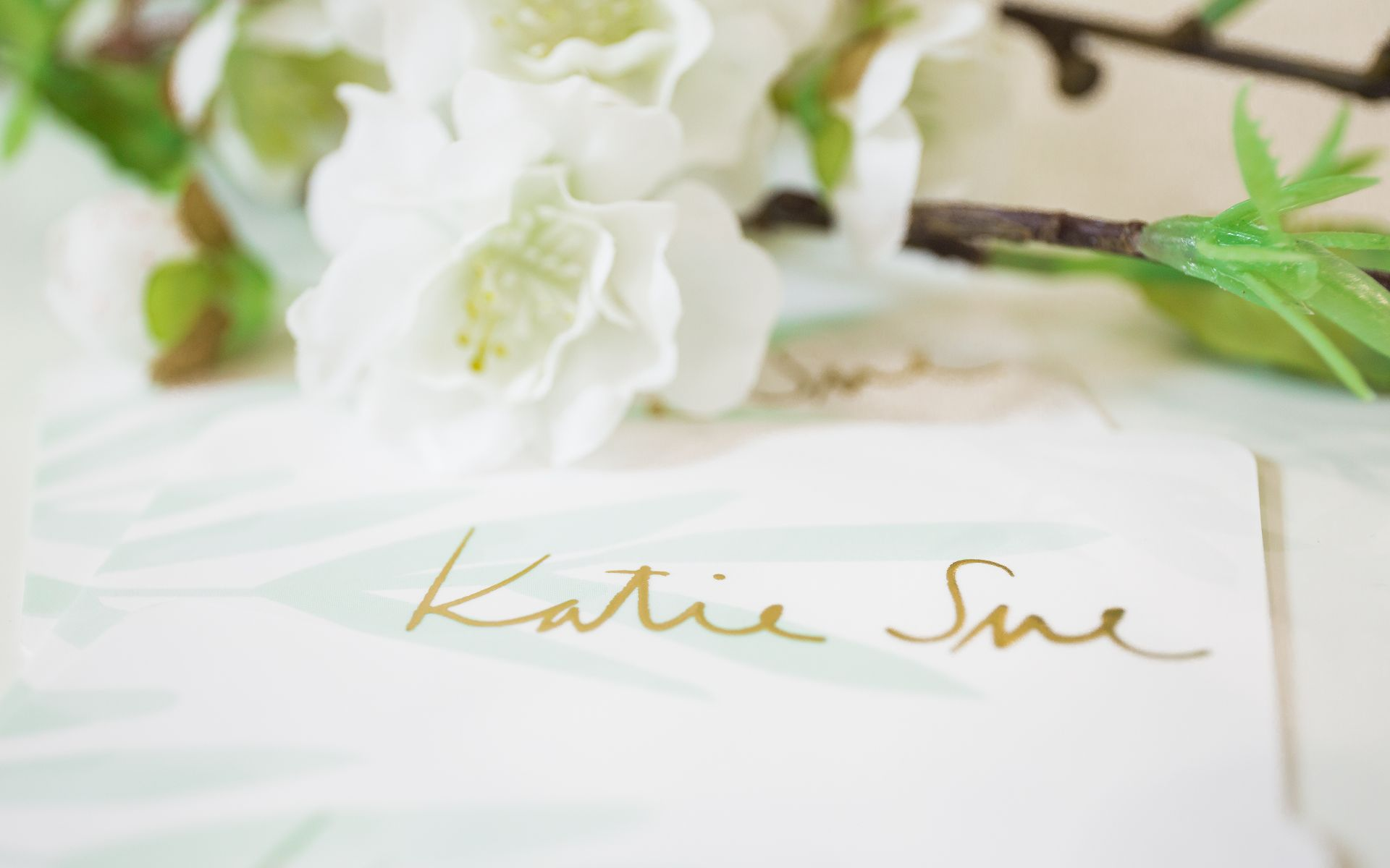 Katie Sue | Brautmode & Hochzeitskleider in Stuttgart